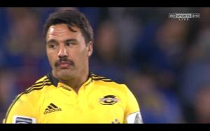 Déception de la semaine : il ne suffit pas d'avoir la moustache de Lapinou pour avoir sa classe.