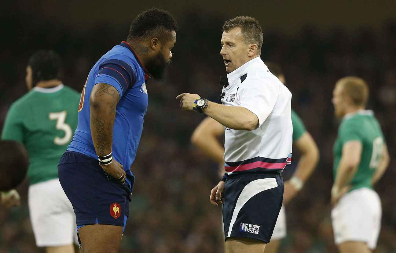 2048x1536-fit_nigel-owens-lors-france-irlande-11-octobre-2015