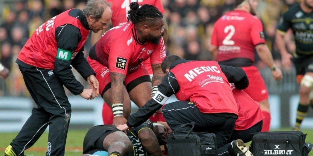 mathieu-bastareaud-s-est-immediatement-occupe-de-levani_3639571_1000x500